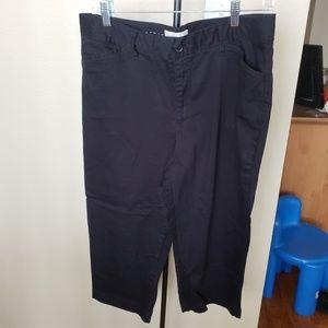 Size 16 Black Capris